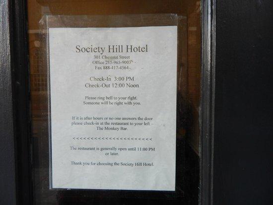 Society Hill Hotel : Tag on door