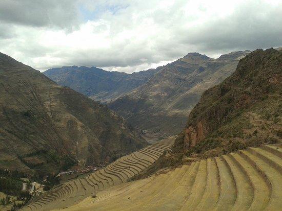 MamaSara Hotel: vista do trem que leva a Machu Picchu