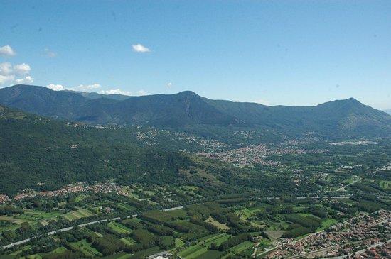 Sant'Ambrogio di Torino, Italy: Val de Suse depuis les terrasses