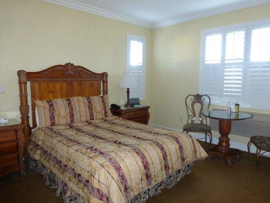 Bel Abri Napa Valley Inn: Room