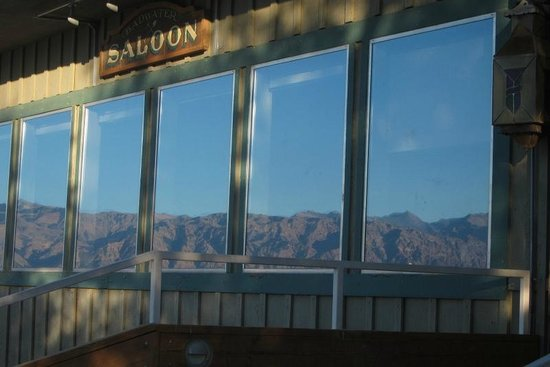 Badwater Saloon: Scenery reflected on the outside of the windows