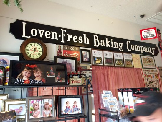 Loven-Fresh Baking Company & Smokehouse Barbecue, Oakland ...: https://tripadvisor.ru/restaurant_review-g55245-d2279052-reviews-loven_fresh_baking_company_smokehouse_barbecue-oakland_tennessee.html
