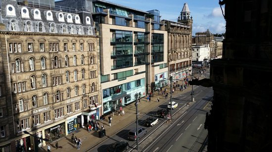 The Old Waverley Hotel: view from Scott monument
