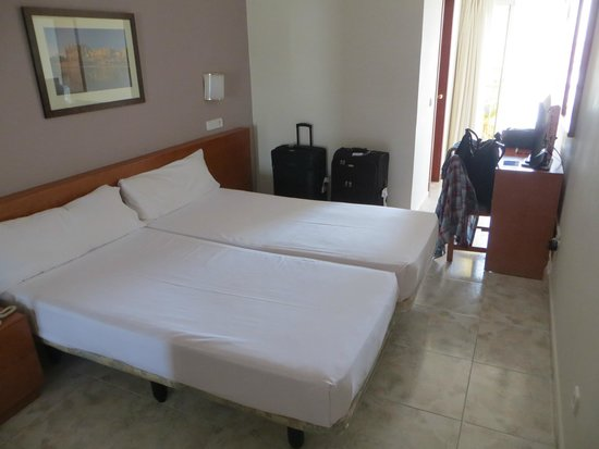 Hotel Mirablau: la habitacion