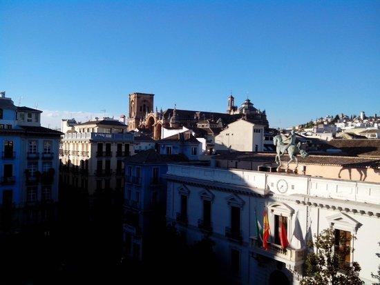 Nest Style Granada : Vista desde la sala de desayunos