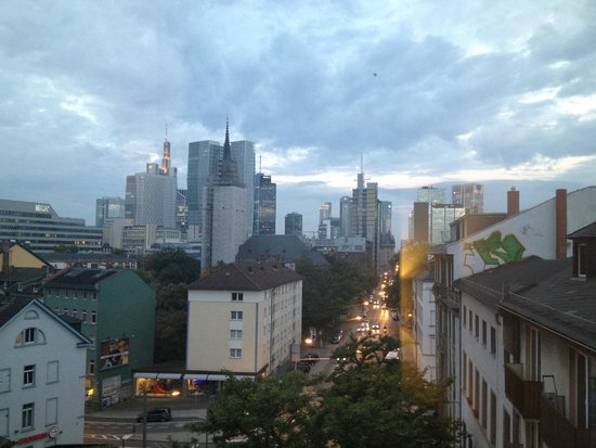 LiV'iN Residence by Fleming's Frankfurt-Bleichstrasse: City view from a front facing room