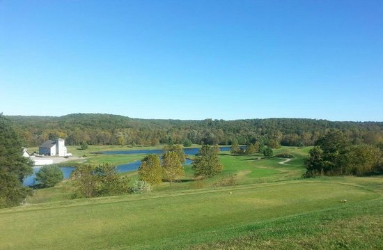 Linn Creek, MO: View from 18th Tee.  One of the prettiest courses in the Lake of the Ozarks area.