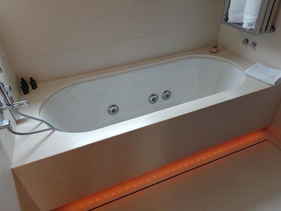 ABaC Barcelona: Bath