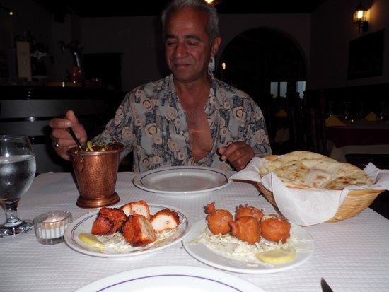 Indian Ocean : Naz enjoying his meal