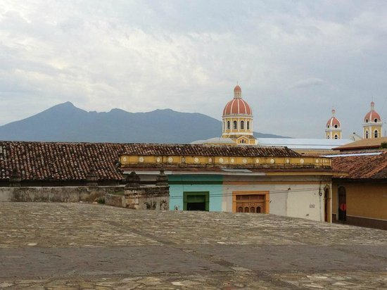 Hotel Plaza Colon: Walking around town