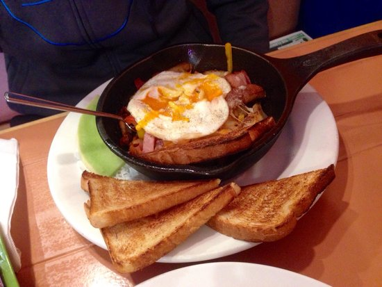 Passek's Classics Cafe: Ultimate Skillet