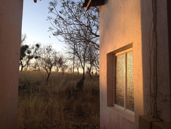Eagle Rock Guest-Farm & Business Lodge: A room with a view to the sunset