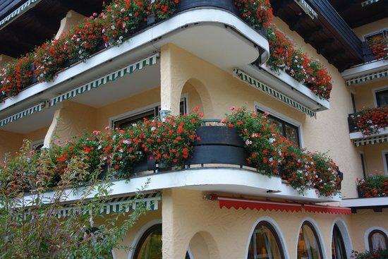 """Schwarzmatt Hotel: First floor """"double room luxury apartment."""""""