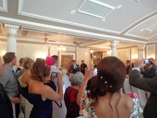 Lincombe Hall Hotel: View of wedding ceremony room
