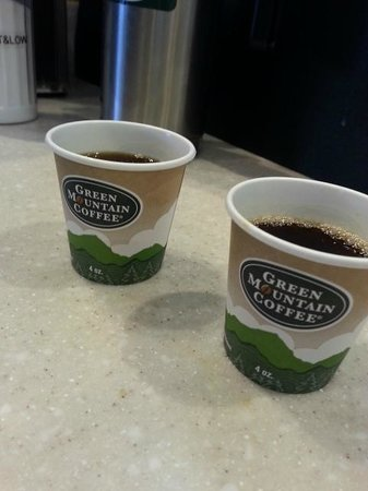 Green Mountain Coffee Cafe: Free Samples :)
