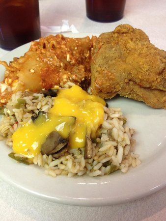 Hometown Grill and Buffet: Great Brunch