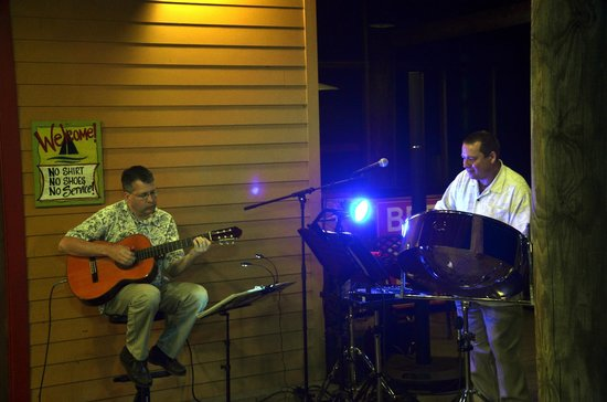 The Regatta Seafood and Steakhouse: Ray and Kelly making beautiful Island Music together!!!