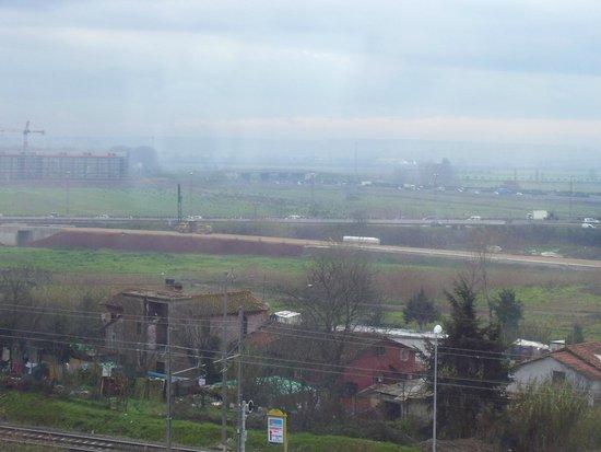 Ibis Roma Fiera: Vista desde el hotel