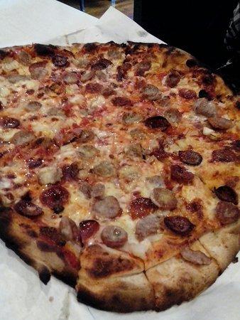 Frank Pepe Pizzeria Napoletana: Great