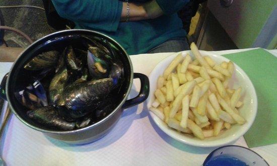 Al Barattolo: Moules frites