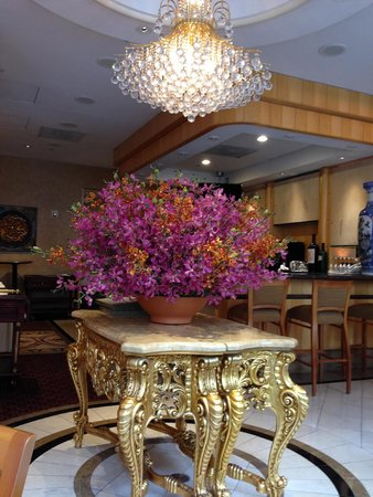 Orchard Garden Hotel: Lovely dining area
