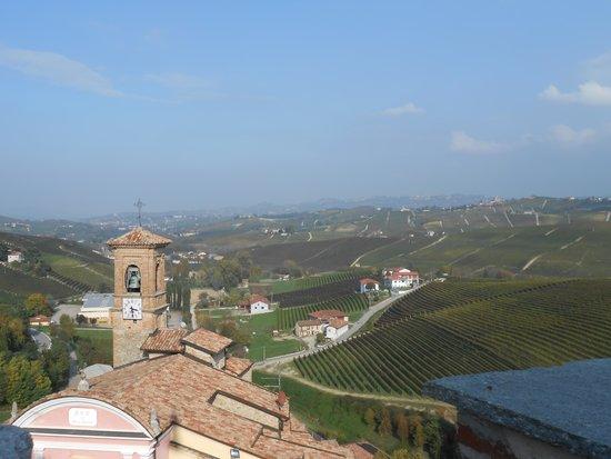 WiMu - Museo del Vino a Barolo : vista dal terzo piano