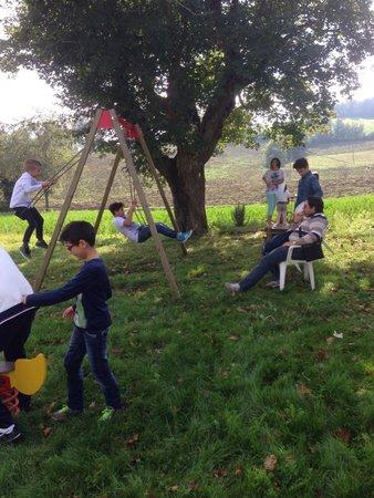 San Fabiano: Spazio esterno con piccoli giochi