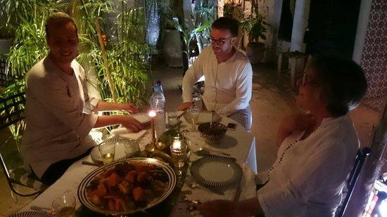 Riad Tibibt: Dîner au Riad, avec l excellente cuisine de Fatima