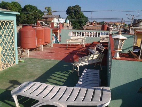 Hostal Tito y Vicky: terraza superior
