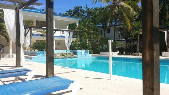 Hotel Celuisma Cabarete : beach area
