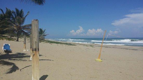 Hotel Celuisma Cabarete: beach
