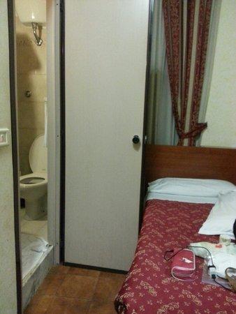 Hotel Stromboli : Peeeesssimoooo