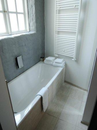 Fosshotel Raudara : Bathroom