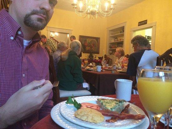 Taylor House Inn : Dining room, breakfast