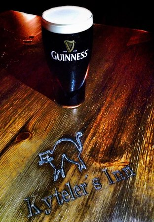 Kyteler's Inn : Best pub in Ireland. Have a Guinness and enjoy the atmosphere.