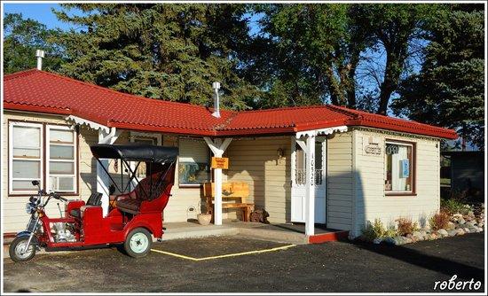 Poncha Lodge: Reception
