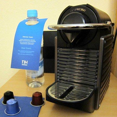 NH Berlin Alexanderplatz : Coffee machine