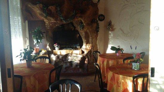 Hotel Peron : Salle de déjeuner