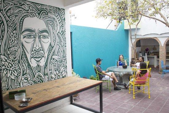 Lion Hostel & Pub : Bob Marley!
