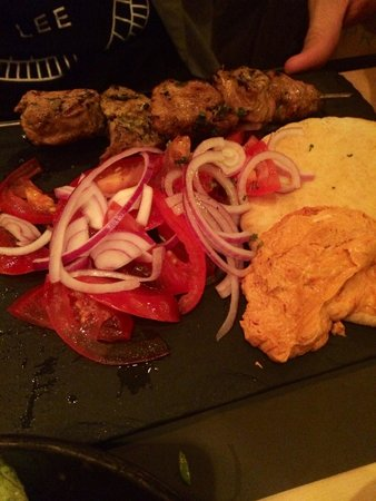 Ergon London: The pork tenderloins with pita bread