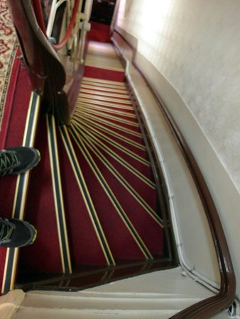 Hotel de Westertoren: Крутая лестница