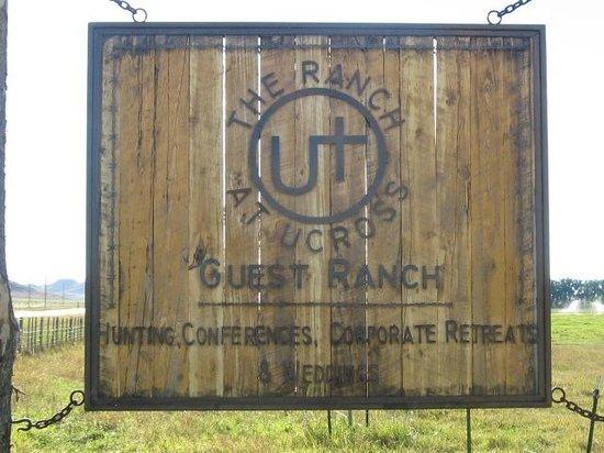Ranch at Ucross : Entrance sign