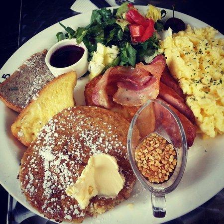 Cafe 37.5: brunch