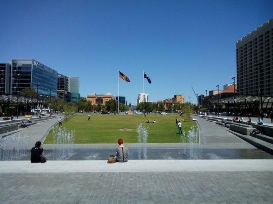 Victoria Square/ Tarntanyangga