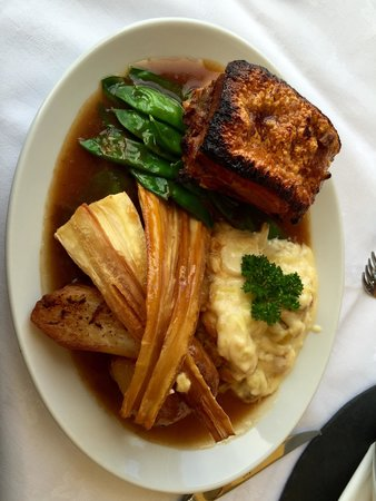 The Longcross Hotel & Gardens: Beautiful roast pork.