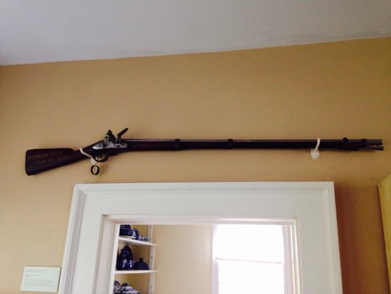 John Paul Jones House : Concord Musket
