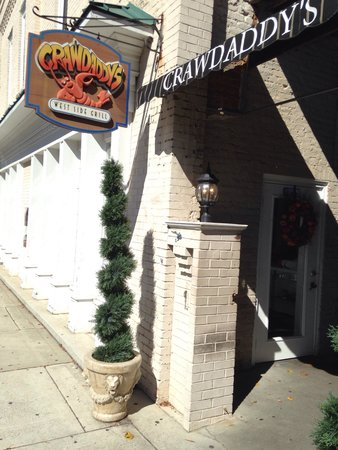 Crawdaddy's West Side Grill: Nice restaurant with great food.
