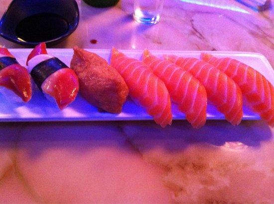 Kadoya Japanese Restaurant: First plate of sushi