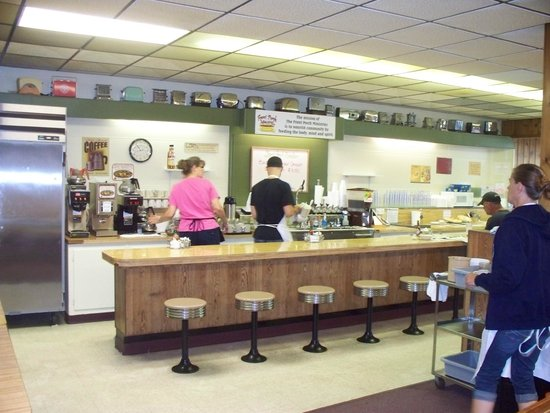 The Front Porch Cafe: counter with checkout