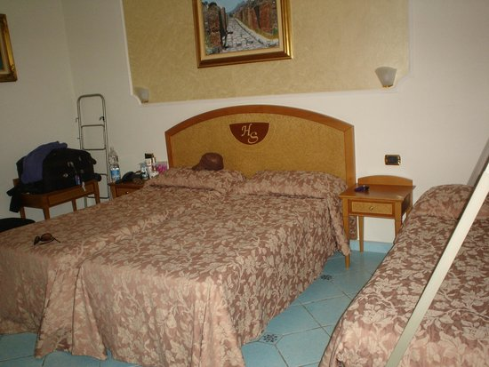 Hotel Savoia: detalhe do quarto